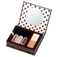 benefit cosmetics kit