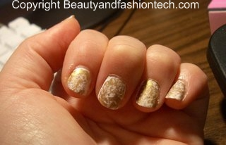M.A.C. Nial Polish Antiquitease Look White and Gold