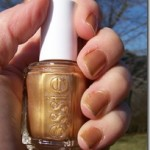 Gold Nails For New Years With Essie Shift Power
