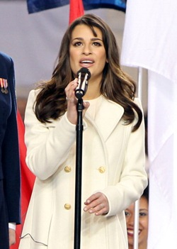 Lea Michele Superbowl