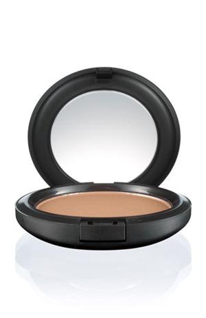 MAC Refined Golden Bronzer Review