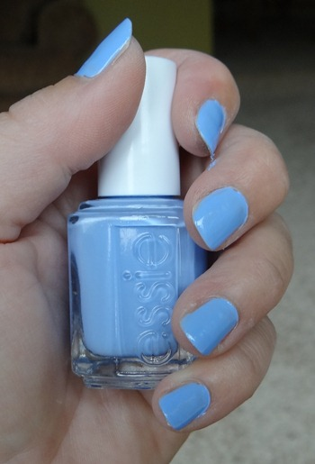 Essie Bikini So Teeny Swatch