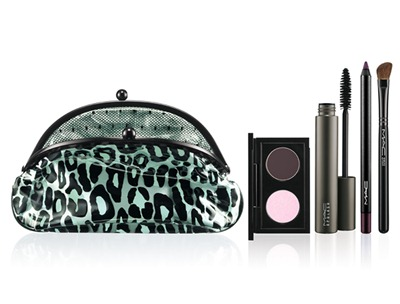 MAC Fabulousness Primped Out-Eye Look Bag Decadently Pink