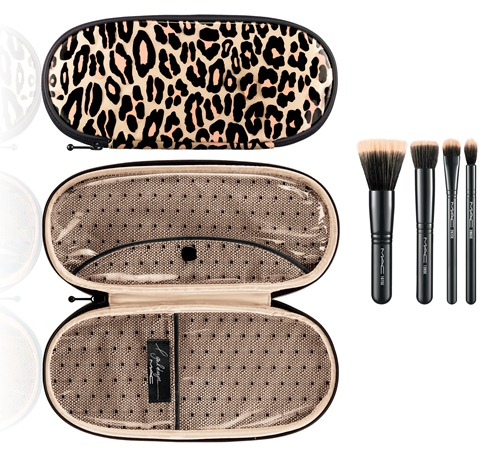 MAc Holiday-Mineralize-Brush Kit