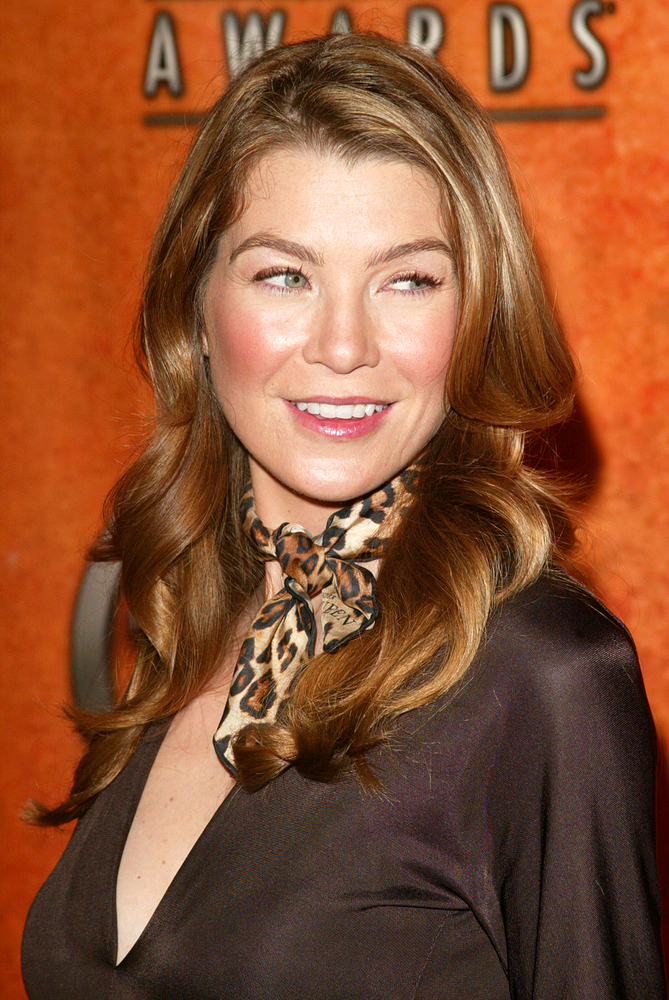 Ellen Pompeo scarf fashion