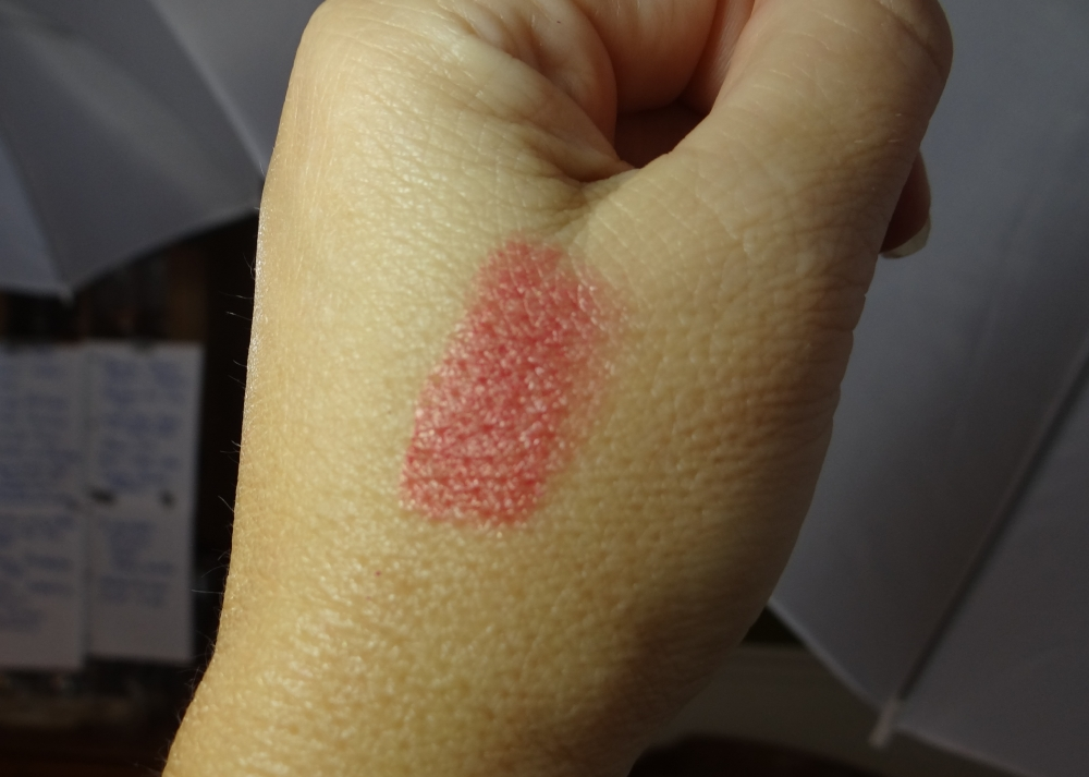 vaseline cream blush swatch