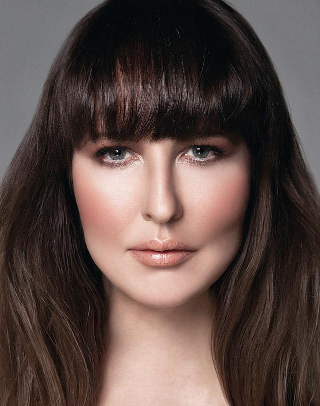 Emma Makeup